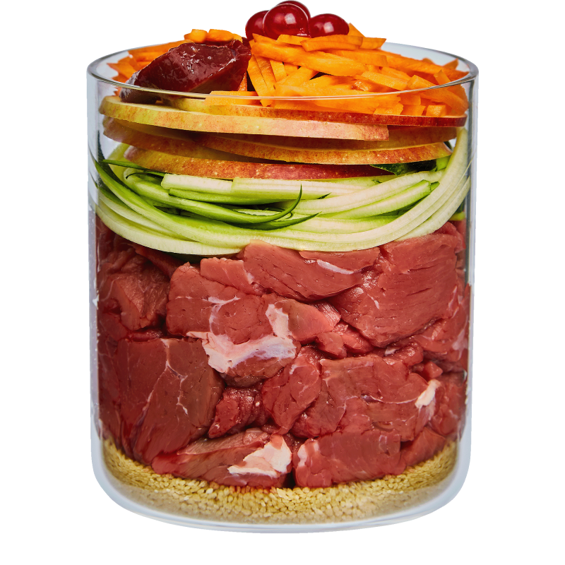 Bœuf avec pomme, carotte et cynorhodon