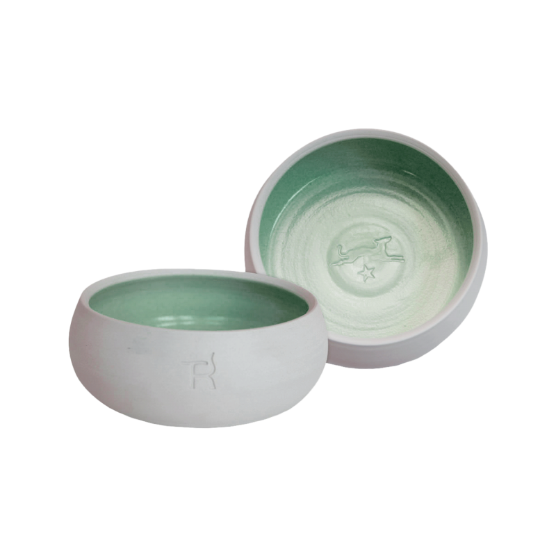 Ceramic dog bowl – natural colour / dark green